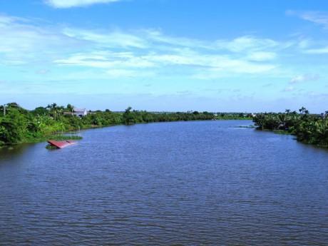 Hằng năm, vào mùa lụt, nước sông Hương dâng cao có thể gây ngập úng cho thành phố Huế và các vùng lân cận. Ảnh: Che Trung Hieu