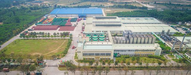 Với diện tích 116,935.4 m², đây là nhà máy lớn nhất của Carlsberg tại Việt Nam.