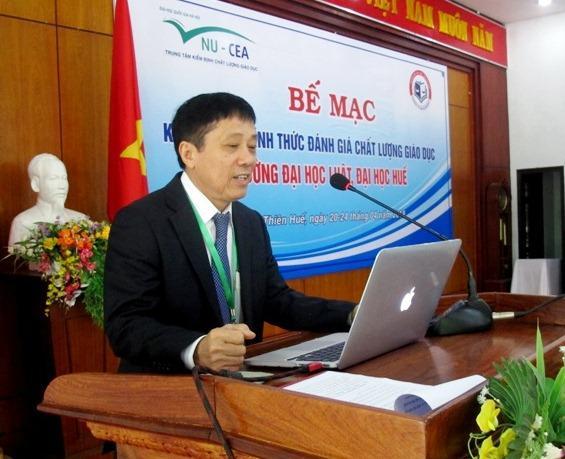 GS.TS. Mai Trọng Nhuận, Trưởng đoàn đánh giá ngoài phát biểu tại buổi bế mạc.