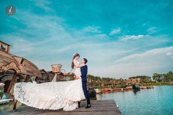 Bích Belle chính là địa điểm lý tưởng dành cho các cặp đôi cô dâu - chú rể. (Nguồn:  Fb Ảnh viện áo cưới Bích Belle)