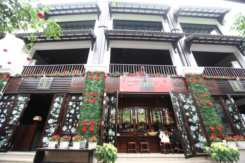 Thiết kế độc đáo của nhà hàng Cây Cau. Ảnh: Ecopark.com.vn.