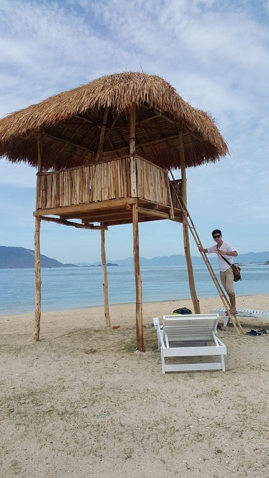 Một dịch vụ lưu trú mới mẻ ở Điệp Sơn là bạn có thể nghỉ tại lều, chòi với mức giá từ 200.000 - 400.000 đồng/ ngày. Ảnh: Trang Moon