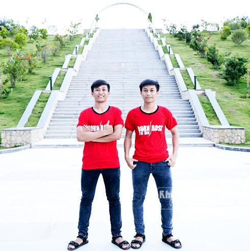 Hai anh em Trần Duy Anh và Trần Duy Cát cùng đạt điểm cao trong đợt xét tuyển đại học vừa qua