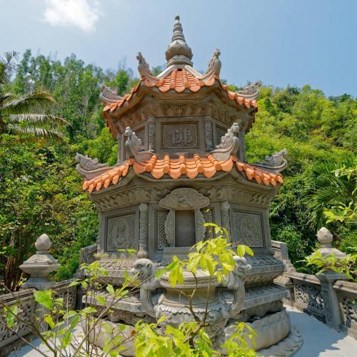 Suối Đỗ đang dần trở thành biểu tượng tâm linh của Nha Trang. (Nguồn: big_totoro)