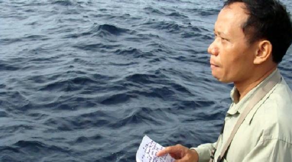 Nhà báo Nguyễn Đình Quân trong dịp đi công tác tại Trường Sa