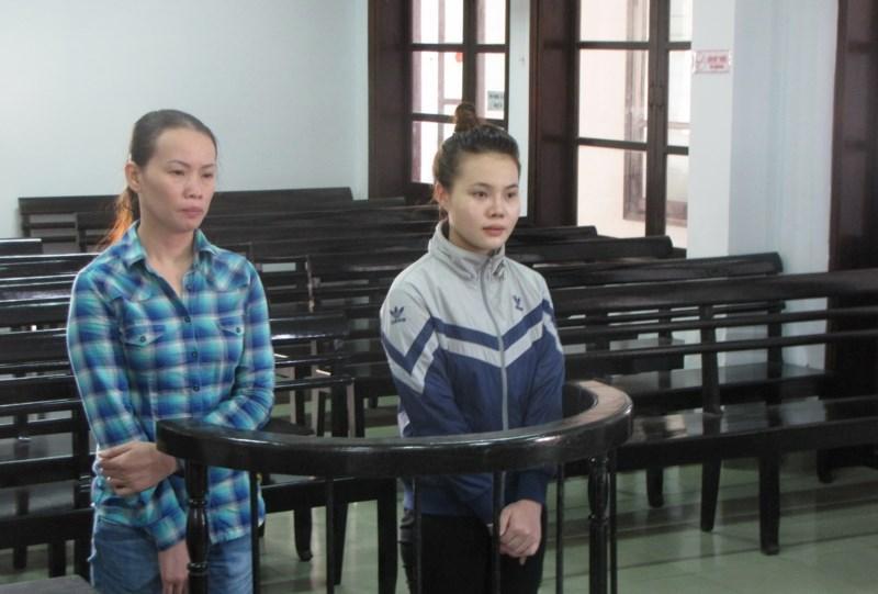 Quyên và Nga tại tòa