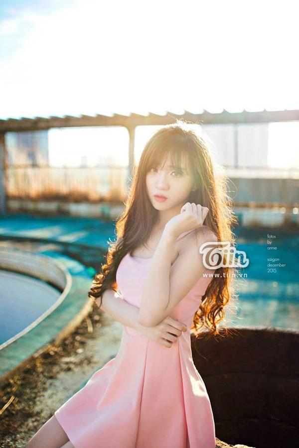 Nguyễn Ngọc Ý Như là cô gái đa tài, xinh đẹp.