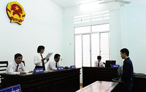 Hội đồng xét xử tuyên hủy án