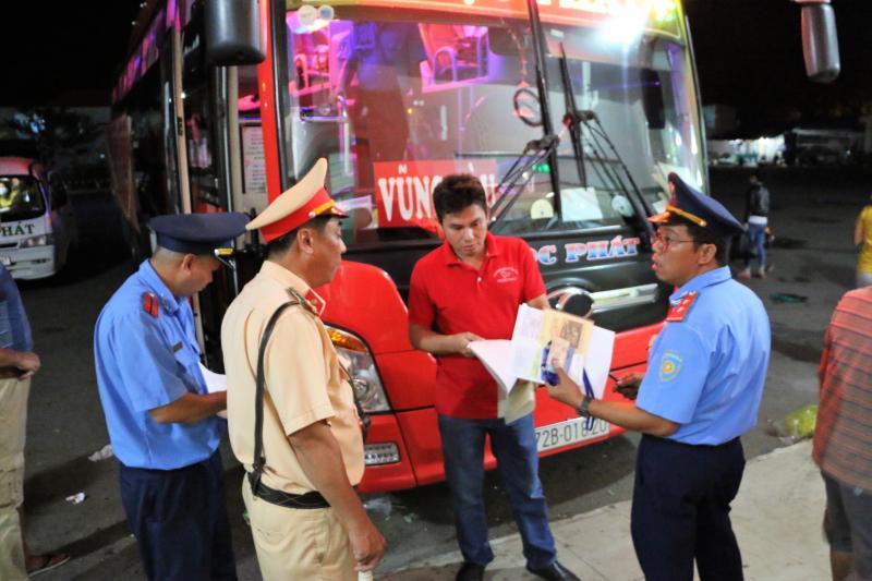 Sở GTVT Khánh Hòa cho biết, trong dịp Tết Nguyên đán, lực lượng TTGT, tổ liên ngành sẽ tăng cường TTKS, xử lý vi phạm với các xe khách tuyến cố định.