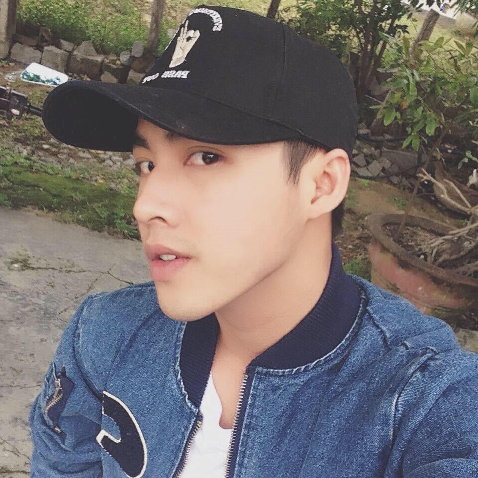 Nhiều người nhận xét Kim Phú có nét giống ca sĩ Thanh Duy và diễn viên Lương Thế Thành.