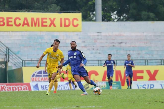 Khánh Hoà thua chung cuộc 1-4 trước Bình Dương tại tứ kết Cúp quốc gia.