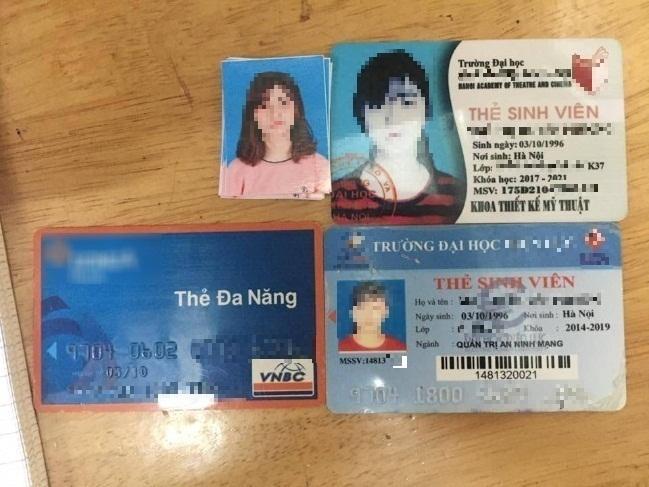 Hai thẻ sinh viên của cô gái xinh đi theo tên cướp có khả năng được làm giả.