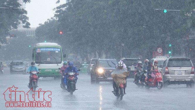 Từ ngày 6-8/8, các tỉnh từ Đà Nẵng đến Bình Thuận có mưa rào và dông rải rác.
