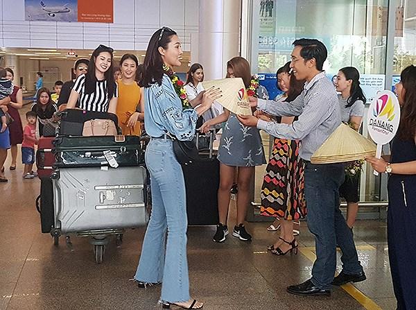 Hoa hậu Trương Diệu Ngọc kết nối với Trung tâm Xúc tiến du lịch Đà Nẵng trong việc tổ chứcchương trình Miss World'16 Reunion 2018 in Vietnam diễn ra từ ngày 5 – 9/8 tại Đà Nẵng và Hội An (Ảnh: HC)