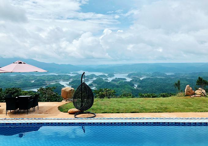 Hồ Tà Đùng là một nơi lý tưởng để hòa mình vào thiên nhiên.