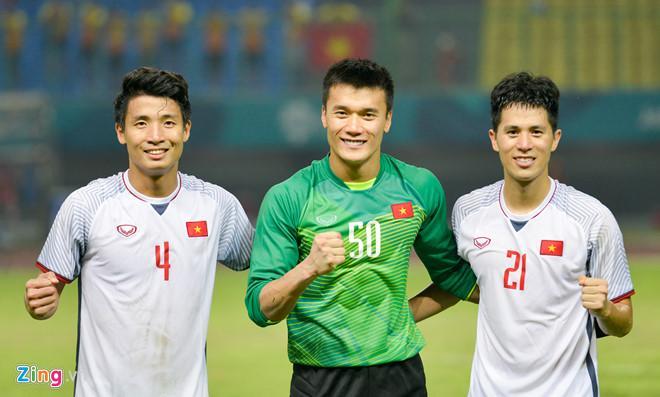 Olympic Việt Nam nhận hơn 2 tỷ đồng tiền thưởng.