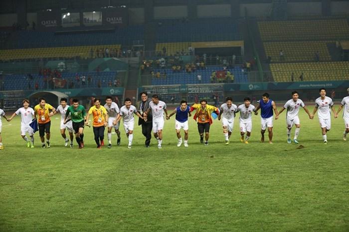 U23 Việt Nam quyết làm nên kỳ tích trước Hàn Quốc ở bán kết. Ảnh S.N