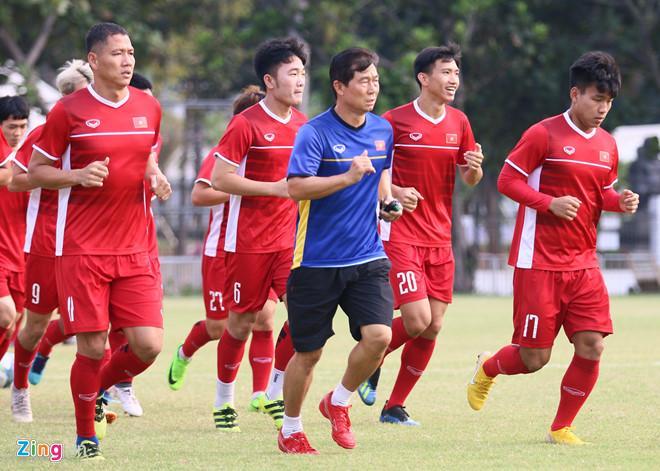 Olympic Việt Nam sẽ đến vùng Bogor và thi đấu trận bán kết trên sân Pakansari. Ảnh: Quang Thịnh.