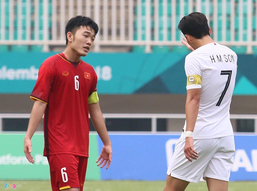 Xuân Trường thi đấu không tốt ở trận gặp Olympic Hàn Quốc. Ảnh: Quang Thịnh.