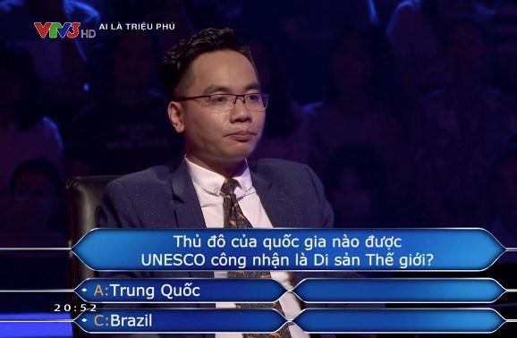 Văn Hùng trả lời sai ở câu hỏi số 8. Ảnh chụp màn hình.