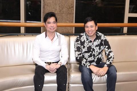 Ngọc Sơn cùng với ca sĩ Michael Lang