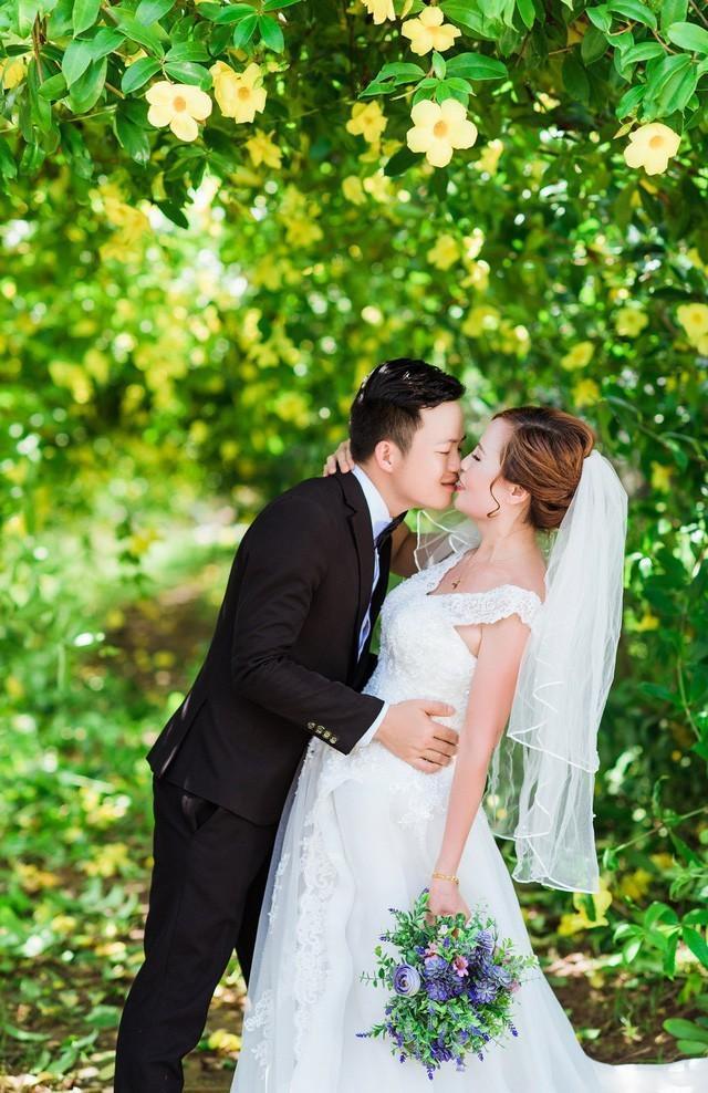 Cặp đôi đang hồi hộp đếm ngược chờ ngày cưới.