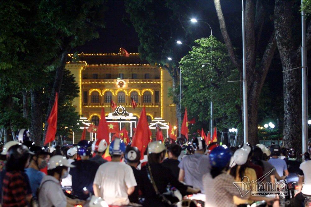 Tuyến đường Hoàng Văn Thụ cạnh Phủ Chủ tịch