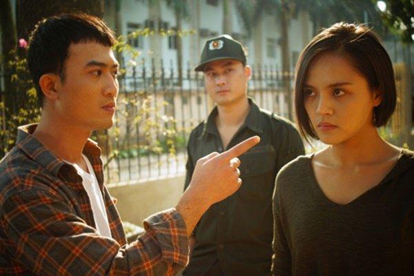 Doãn Quốc Đam từng gây ấn tượng với vai diễn Trần Tú trong Người phán xử .