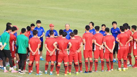 HLV Park Hang Seo không có nhiều thời gian để chuẩn bị cho AFF Cup 2018