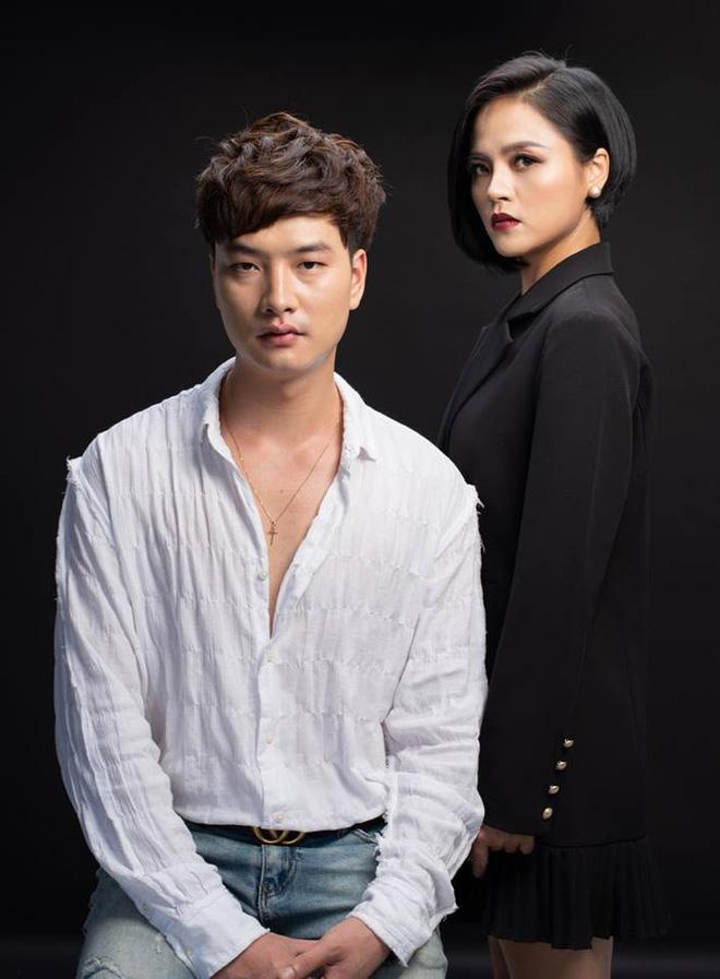 Với những màn quát nạt, đe dọa Cảnh, hành hạ Quỳnh và các cô gái trong phim, Phong Cấn và My Sói chính là 2 nhân vật bị ghét nhất phim Quỳnh búp bê.