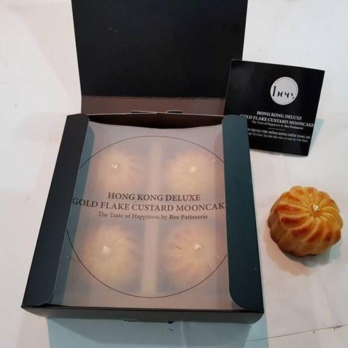 Theo một số chủ cửa hàng, lượng khách đặt loại bánh này dự kiến sẽ còn tăng mạnh từ nay đến Trung thu. Ảnh: Facebook