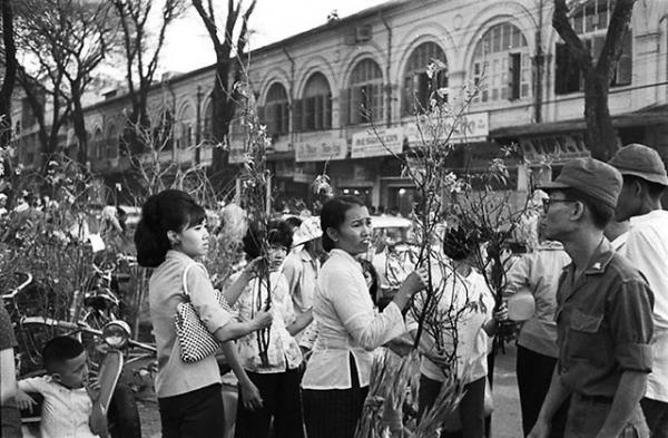 Một góc chợ hoaTết Sài Gòn xưa.