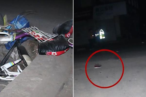 Chiếc xe điện và một bên giày của cậu bé văng ra sau khi bị xe tông. Ảnh: AsiaWire