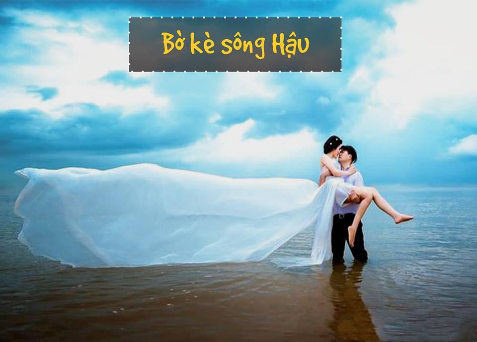 Chụp ảnh cưới ở bờ kè sông Hậu. (Nguồn: Fb Về miền Tây)