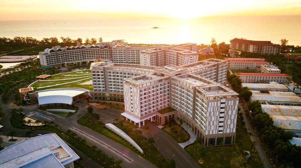 Đây là khu phức hợp nghỉ dưỡng có casino nằm tại xã Gành Dầu (Phú Quốc). Theo Bộ Xây dựng, vị trí của dự án này được đề xuất bao gồm 37 ha là một phần khu vực du lịch sang trọng ở phía Tây Bắc của đảo Phú Quốc. Ảnh: mgv.vn.