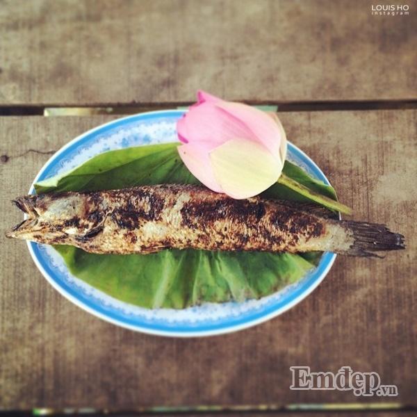 Cá lóc đồng nướng trui.