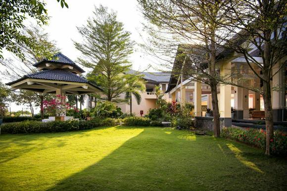 Lạc giữa vườn thơ Eden Resort Phú Quốc.
