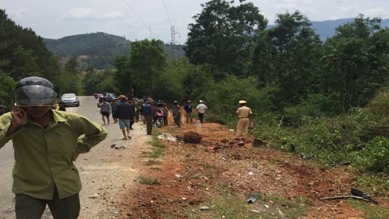 Lực lượng chức năng đã nhanh chóng có mặt để điều tiết giao thông và điều tra nguyên nhân vụ tai nạn