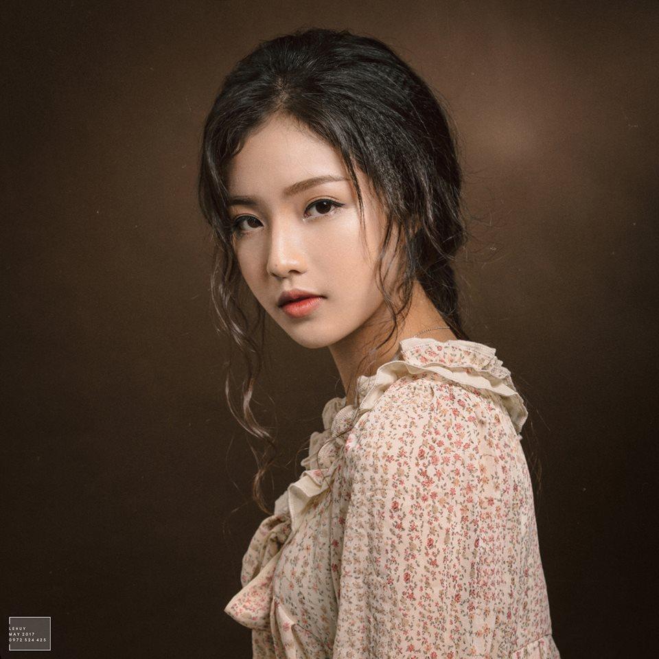 """Bích Ngọc - """"Hotgirl hôi nách"""""""