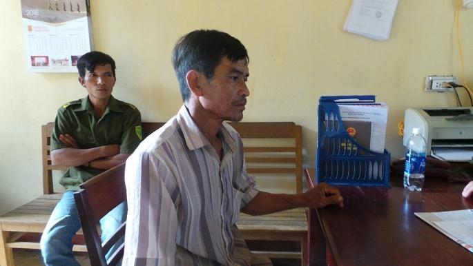 Ông A. Hùng có mặt tại cơ quan công an để trình báo vụ việc