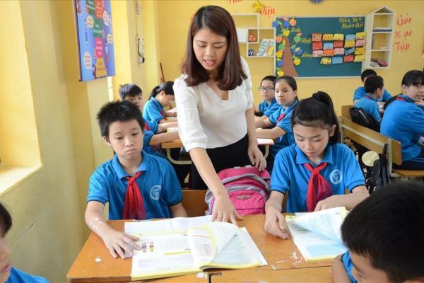 Bộ GDĐT đề xuất lương giáo viên sẽ được xếp cao nhất trong hệ thống thang bậc lương hành chính sự nghiệp. Ảnh: Huyên Nguyễn
