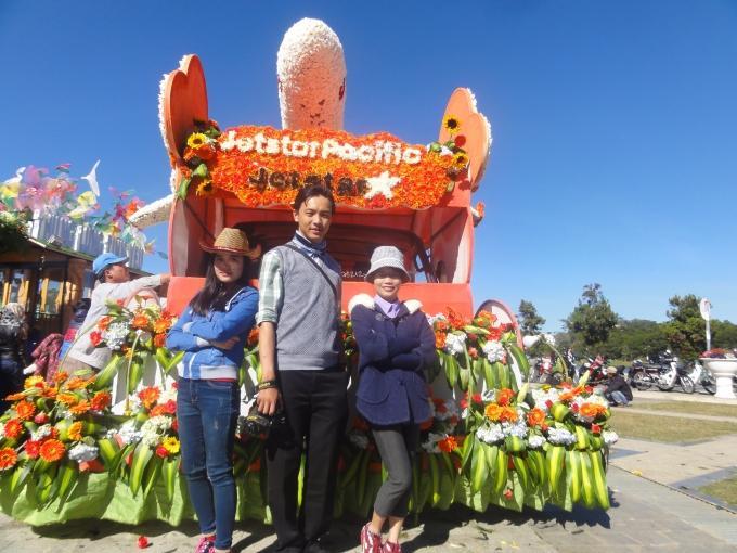Festival hoa Đà Lạt là dịp để du khách đến tham quan, nghỉ dưỡng và chụp hình lưu niệm.
