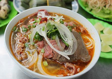 Không cần phải đến Huế, ngay Đà lạt cũng có món bún bò ngon hảo hạng. (Nguồn: vietnamtourism.org.vn)