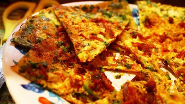 Bánh tráng nướng Đà Lạt giống như món Pizza. (Nguồn: khachsandalat.net)