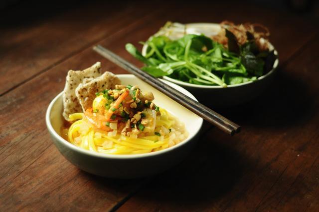 Khám phá văn hóa ẩm thực, thưởng thức đặc sản tại mỗi vùng đất sẽ là trải nghiệm không thể quên. Ảnh: Internet