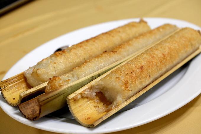 Do khu vực này nhiều tre nứa, món cơm lam cũng được người Mạ dùng để đãi khách, tuy nhiên không giống món cơn nấu từ ống tre như ở miệt Gia Lai, cơm lam Madagui nấu bằng gạo nếp trồng trên đồi. Cơm nấu chín dẻo dẻo, rất ngon khi ăn cùng cá kho tộ hoặc gà nướng.