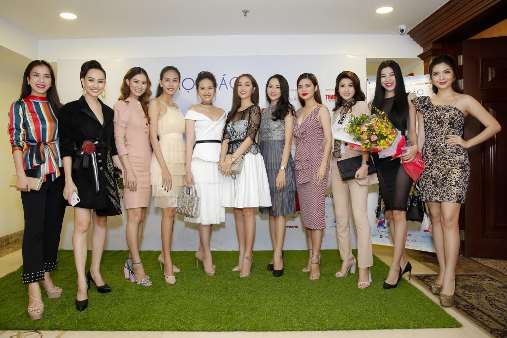 Nhiều người mẫu sẽ cùng trình diễn trong các BST thời trang tại Duyên Dáng Việt Nam lần này. (ảnh: BTC)