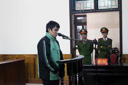 Bị cáo Phan thành Hưng tại phiên xử.