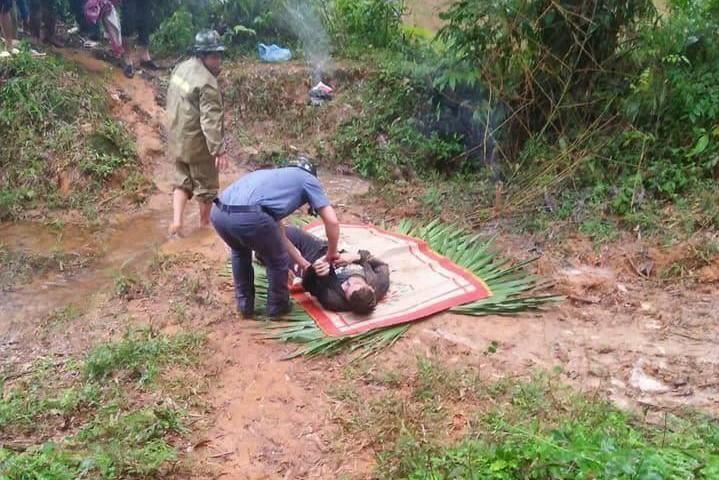 Thi thể nam giới được phát hiện bên bờ suối ở Văn Bàn, Lào Cai