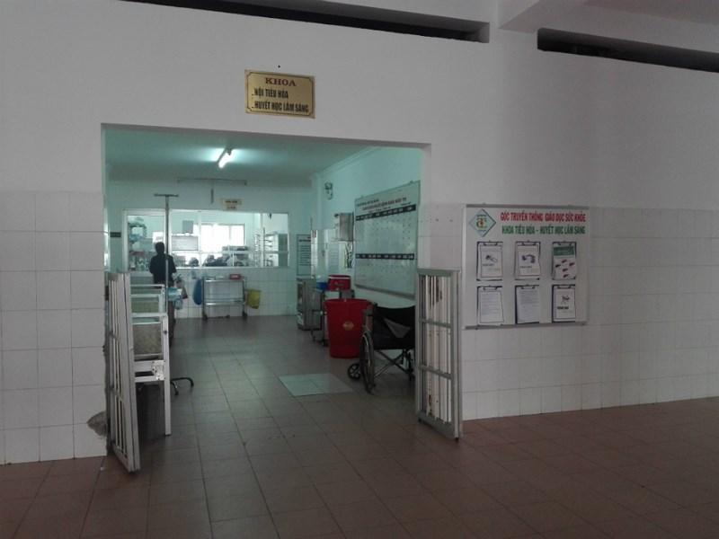 Anh S. đang được điều trị tại tại khoa Khoa Nội tiêu hóa-huyết học lâm sàn, Bệnh viện Đa khoa Trung ương Cần Thơ